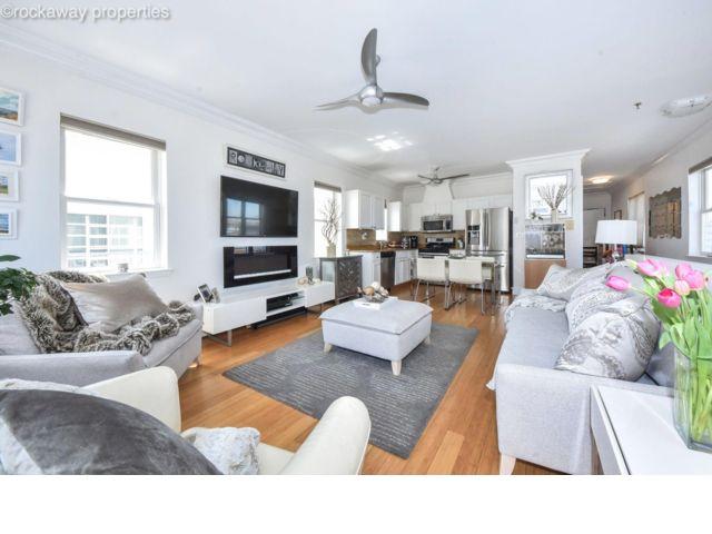 2 BR,  1.50 BTH Condo style home in Rockaway Park
