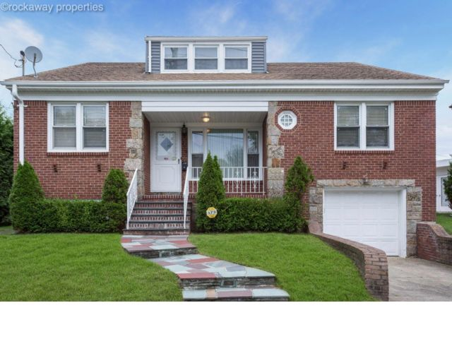 3 BR,  2.50 BTH  style home in Neponsit