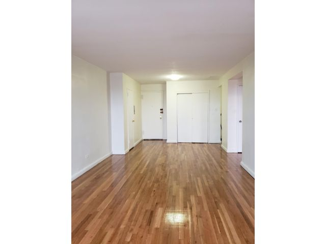 1 BR,  1.00 BTH Apartment style home in Rockaway Park