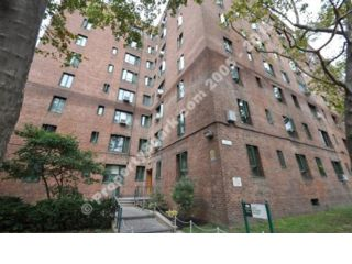 Studio,  1.00 BTH Condo style home in Bronx