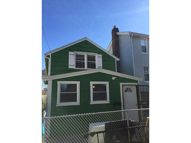 2 BR,  2.00 BTH  Bungalow style home in Arverne