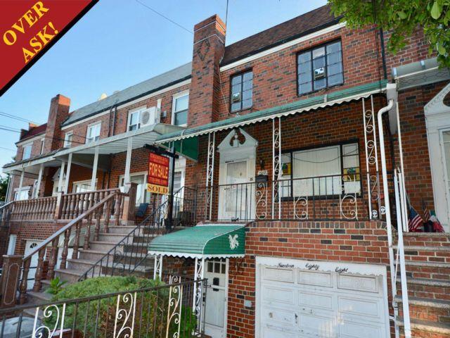 3 BR,  2.50 BTH Duplex style home in Gravesend