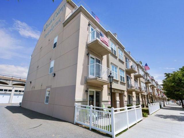 2 BR,  1.00 BTH Condo style home in Rockaway Park