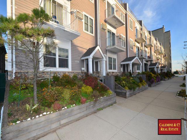 2 BR,  1.50 BTH Condo style home in Rockaway Beach