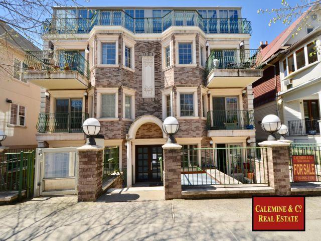 2 BR,  2.50 BTH Condo style home in Kensington