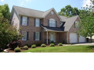 4 BR,  4.00 BTH Colonial style home in Hollins