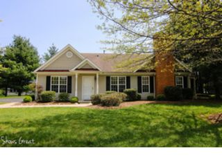 3 BR,  2.50 BTH Ranch style home in Hollins