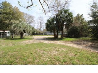 Studio,  0.00 BTH  Land style home in Fort Walton Beach