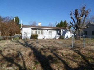 4 BR,  2.00 BTH Traditional style home in Huntsville