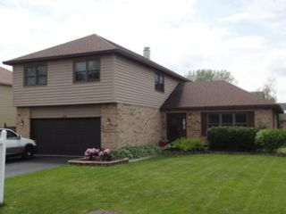 3 BR,  2.50 BTH  Ranch style home in Elgin