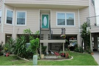 3 BR,  2.00 BTH Single family style home in Seabrook