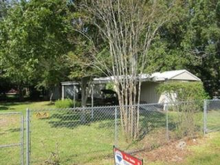 2 BR,  2.00 BTH Single family style home in Bacliff