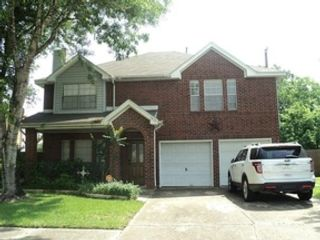 3 BR,  2.50 BTH Traditional style home in Highlands