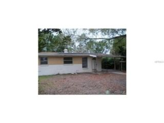 4 BR,  2.00 BTH  Single family style home in Spring Hill