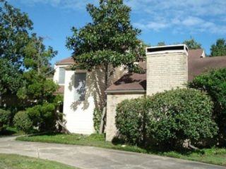 4 BR,  2.50 BTH  Contemporary style home in Houston