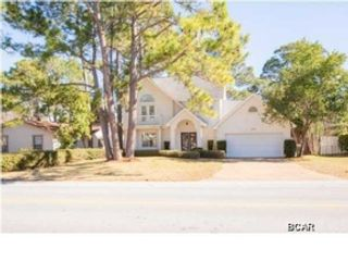 5 BR,  1.00 BTH  Single family style home in Panama City Beach