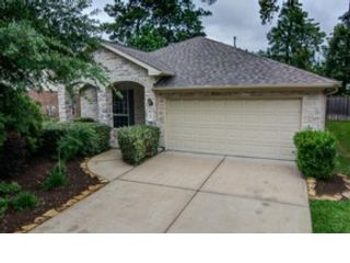 3 BR,  2.50 BTH Traditional style home in Huffman