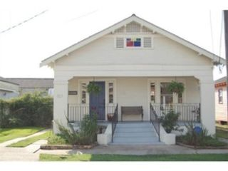 3 BR,  2.50 BTH Single family style home in Sycamore