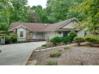 4 BR,  3.00 BTH Cottage style home in Gulf Breeze