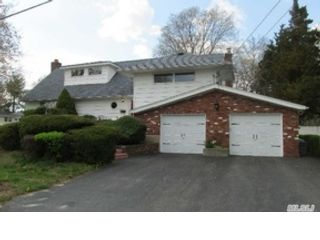 4 BR,  3.50 BTH  Colonial style home in Townsend