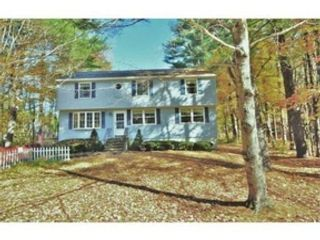4 BR,  2.00 BTH  Colonial style home in Townsend