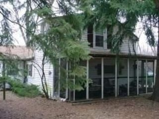 3 BR,  2.50 BTH  Colonial style home in Algonquin