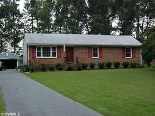 4 BR,  2.50 BTH Single family style home in Holbrook
