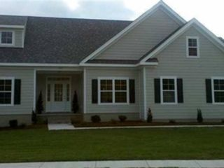 3 BR,  2.00 BTH Single family style home in Suffolk