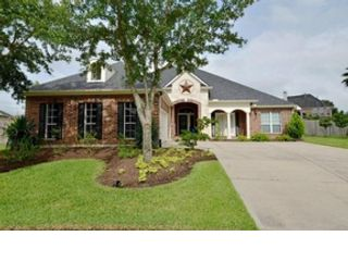 4 BR,  2.00 BTH Traditional style home in Meadows Place