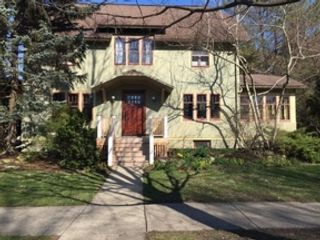 2 BR,  2.50 BTH  Ranch style home in Westchester