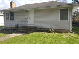 2 BR,  2.50 BTH  Single family style home in Downers Grove