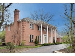 4 BR,  4.50 BTH  Traditional style home in Downers Grove