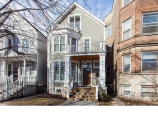 4 BR,  2.50 BTH Single family style home in Lisle