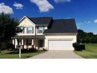 4 BR,  4.00 BTH Single family style home in Spartanburg