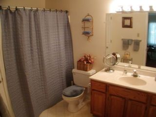 Studio,  0.00 BTH Commercial style home in Williston Park