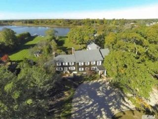 6 BR,  6.50 BTH Colonial style home in East Islip