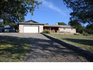 3 BR,  4.50 BTH Single family style home in Landrum