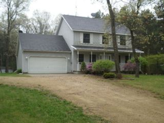 3 BR,  2.50 BTH  2 story style home in Tomah