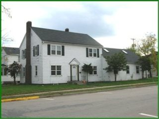 3 BR,  2.00 BTH 2 story style home in La Crosse