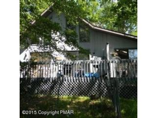 5 BR,  3.00 BTH Single family style home in Dade City