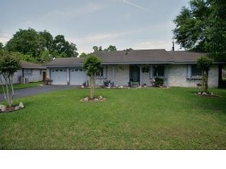 5 BR,  3.50 BTH Traditional style home in Kingwood
