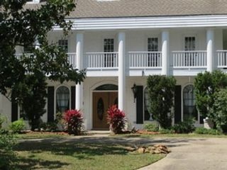 5 BR,  3.50 BTH Traditional style home in Huffman