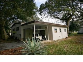 3 BR,  2.00 BTH  Single family style home in Sebastian