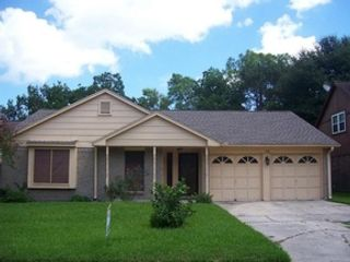 3 BR,  2.50 BTH Single family style home in Elburn