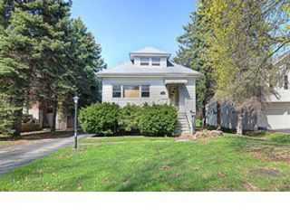 4 BR,  3.50 BTH  Single family style home in Clarendon Hills