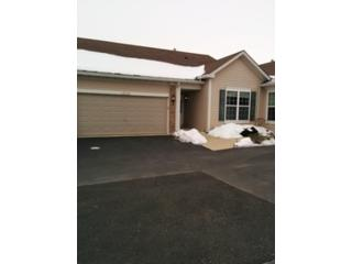 2 BR,  2.50 BTH  Single family style home in Romeoville