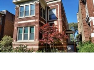 4 BR,  2.50 BTH  Single family style home in Addison