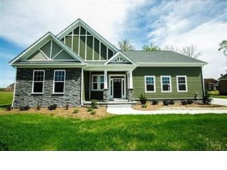 4 BR,  3.50 BTH Contemporary style home in Suffolk