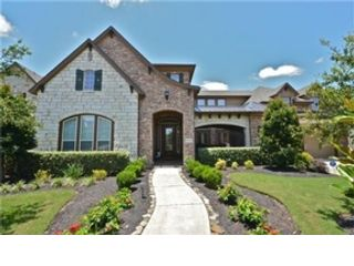 5 BR,  4.50 BTH Traditional style home in Sugar Land