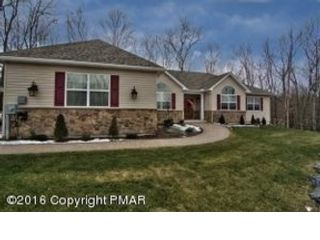 3 BR,  2.50 BTH  Single family style home in Plainfield